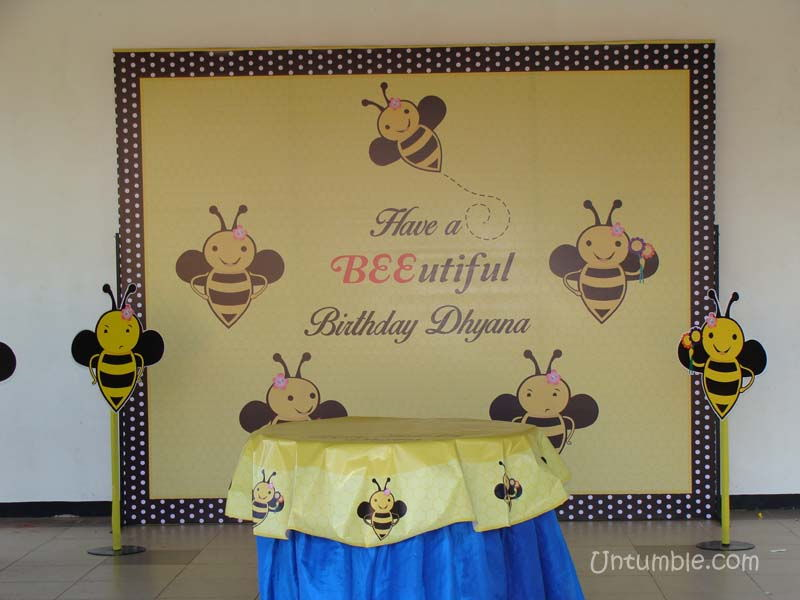 What Size Is Recommended For A Name For Cake Backdrop