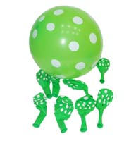 Christmas theme Green & white polka balloons (Pack of 10)